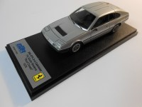 bbr models (bbr191b) 1975 ferrari 365 gt4 2+2 fly studio modena - cloased roof5