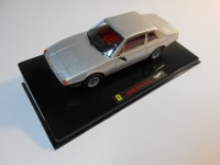 hot wheels elite (w1191) - 1972 ferrari 365 gt4 2+2